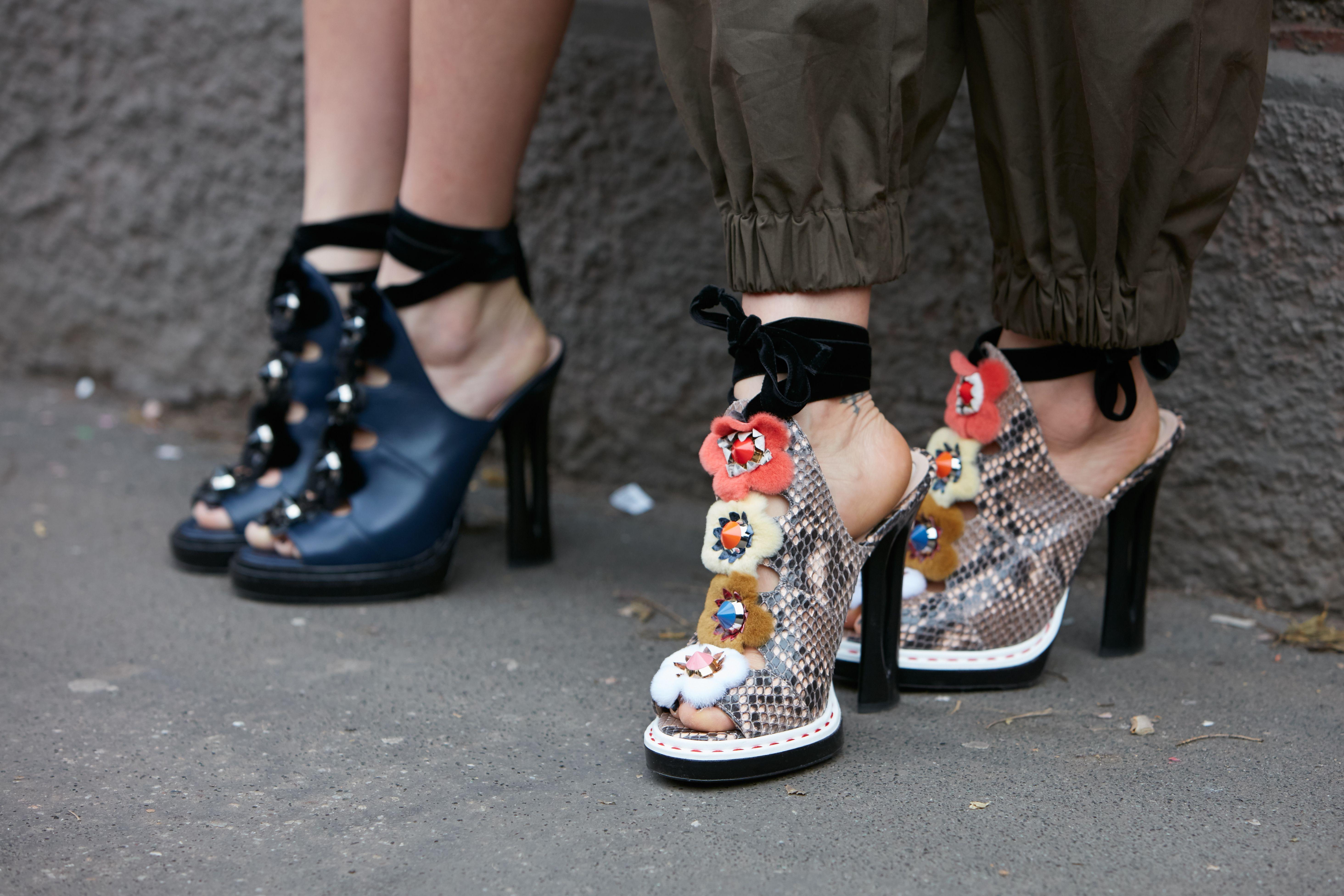 """Ako želite biti u trendu, nosite """"ružne"""" cipele! Mi smo pronašli najzanimljviije modele"""