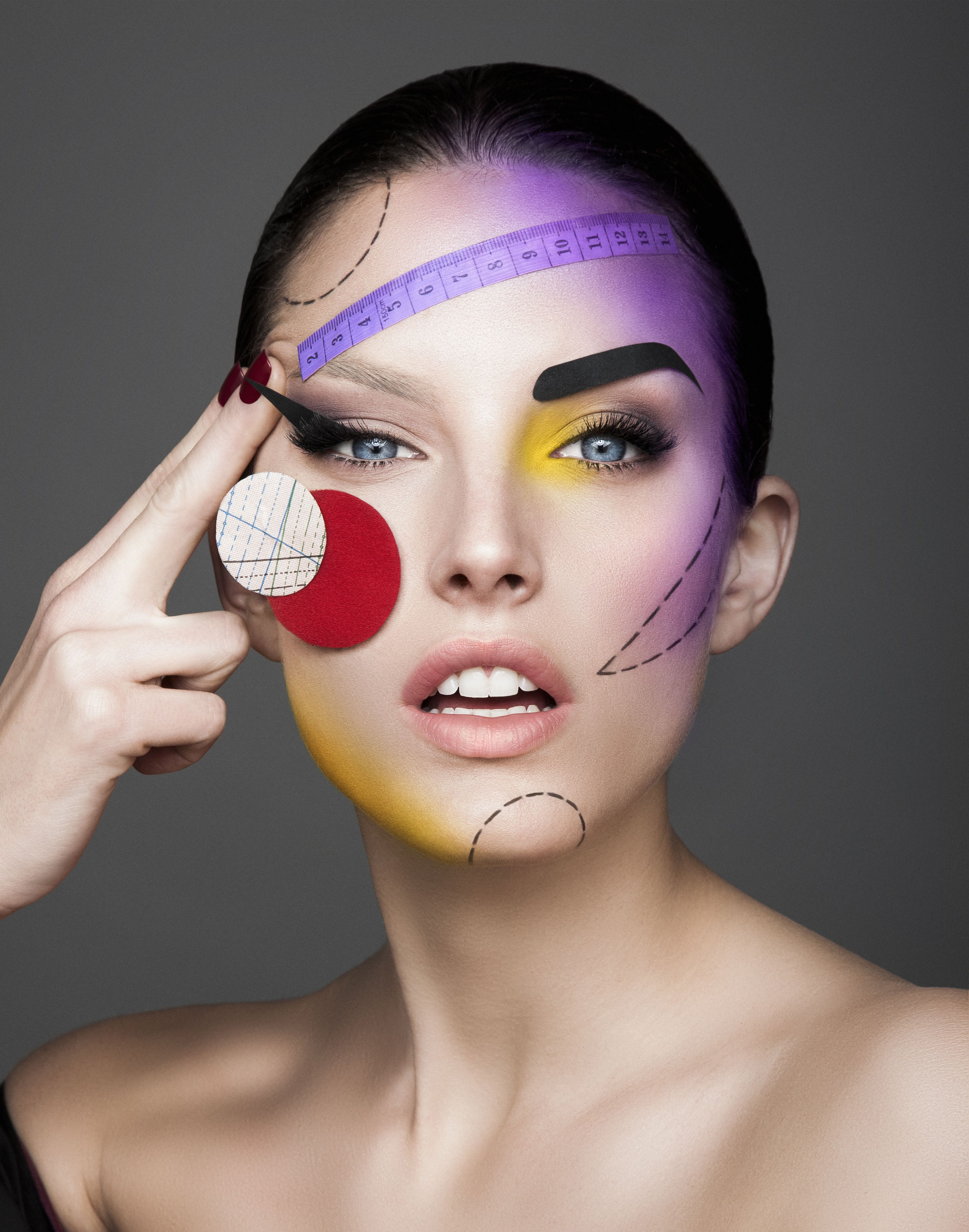 Make - up teror