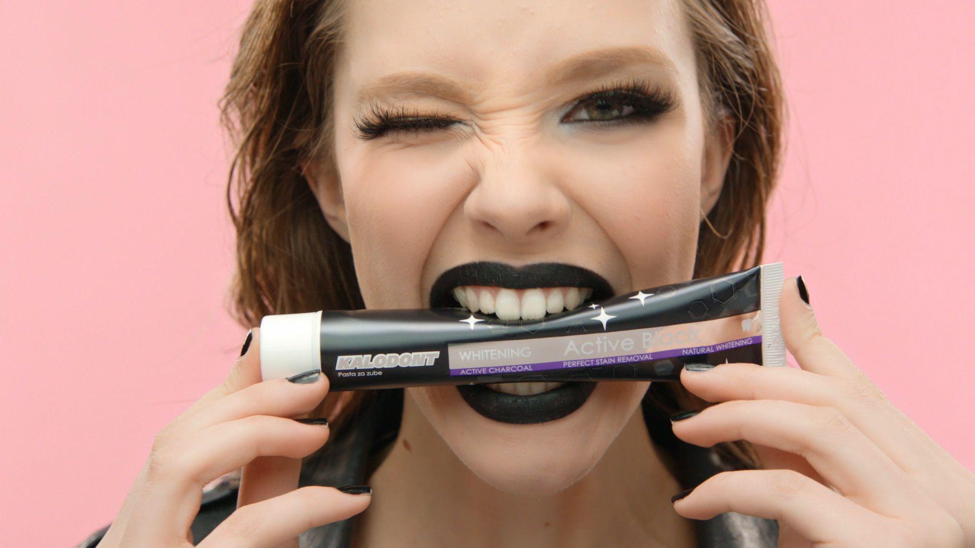 Prirodnim sastojcima poput metvice i aktivnog ugljena do zdravih i bijelih zubi