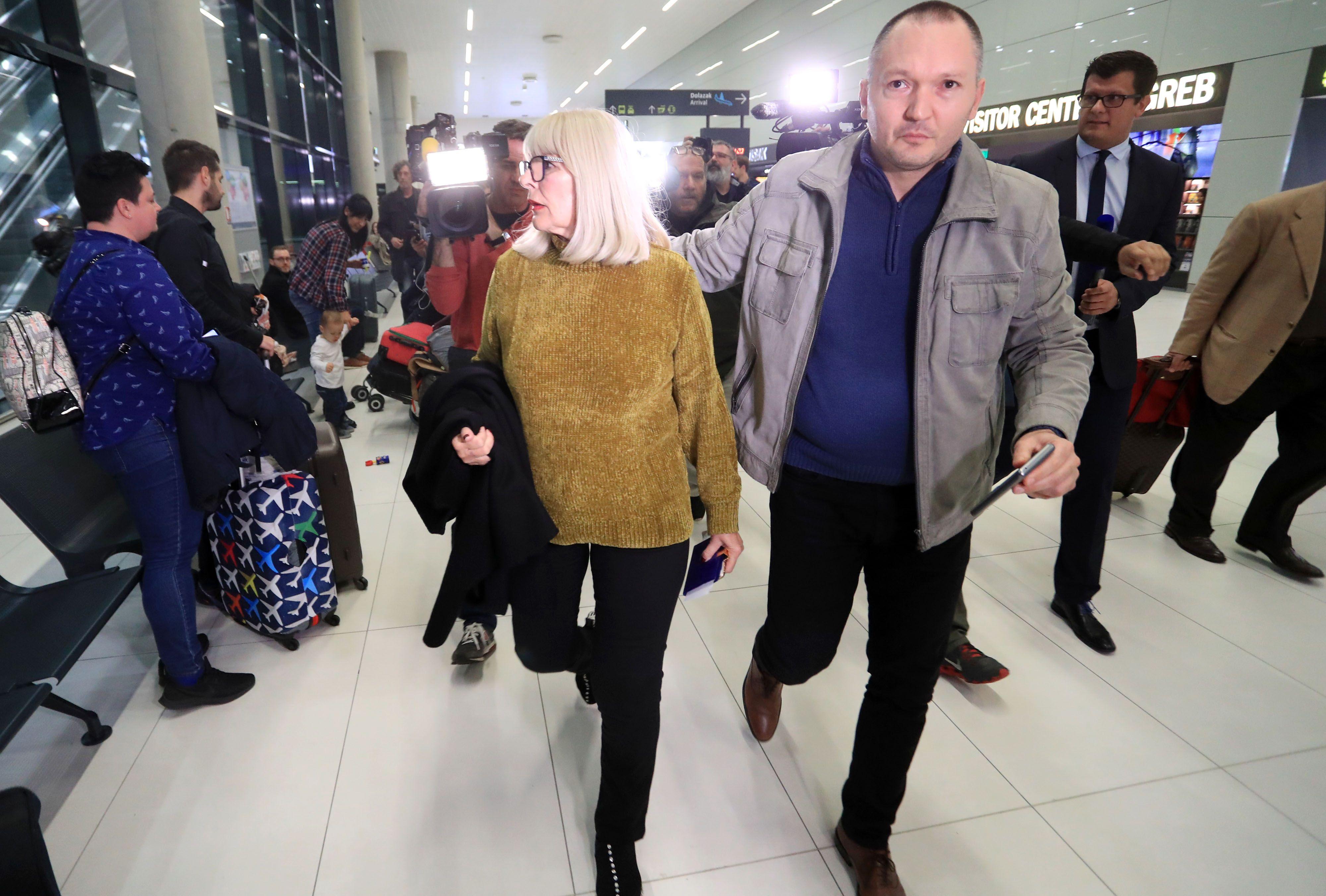 Nema govora o bogatstvu? Vesna Todorić u zračnoj luci u tenisicama koje koštaju više od 4000 kuna
