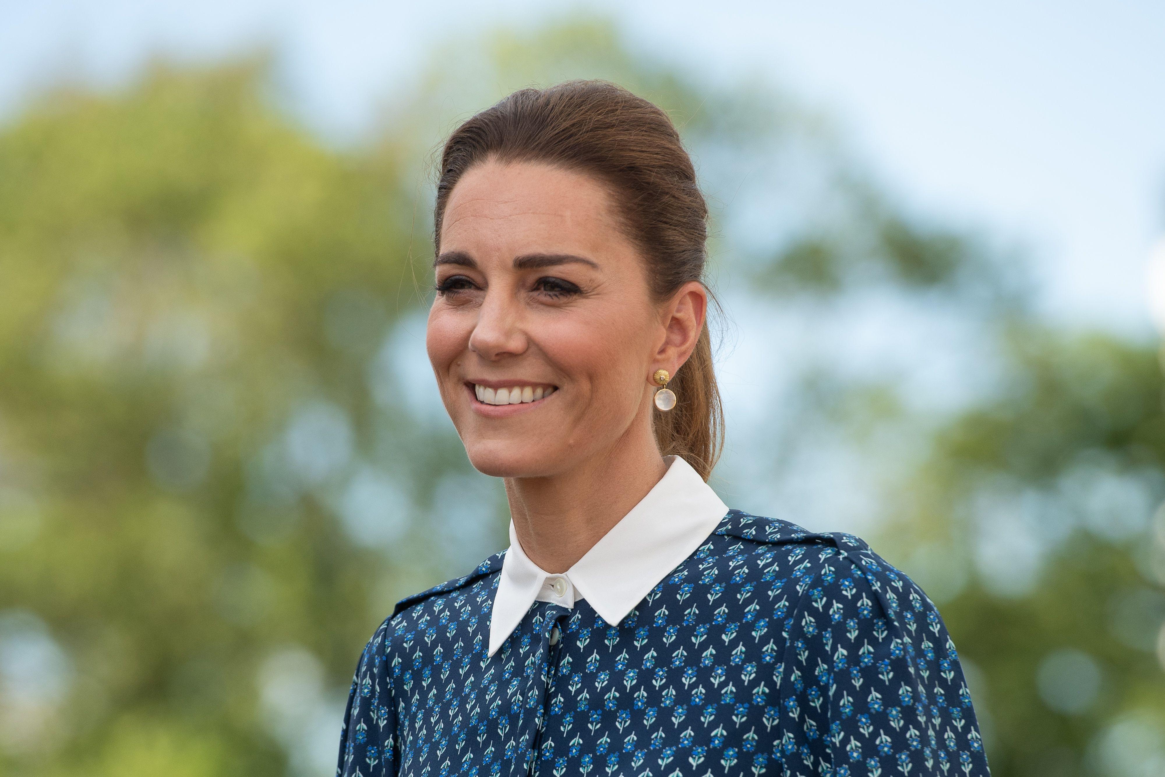 Ukradite kraljevsku ideju: Kate Middleton u outfitu koji može biti inspiracija za sve ljetne svečanosti