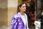 Ne može proći nezamijećeno: Ovako dobar sako kao što ga nosi lijepa fashionistica dugo nismo vidjeli!