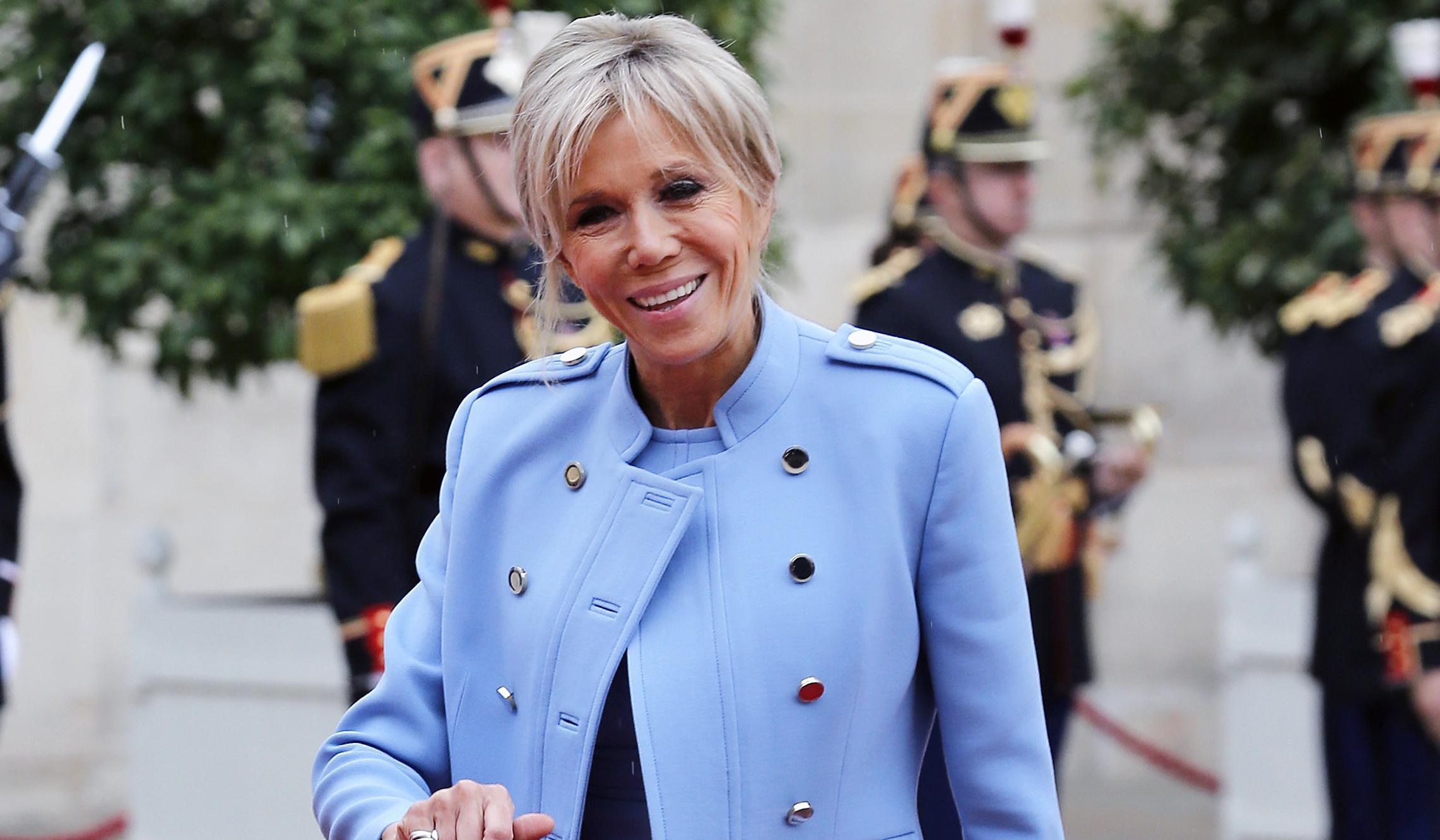 I dalje mladenački: Brigitte Macron u kombinaciji u kojoj je nismo navikli viđati