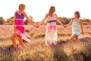Najljepše Rainbow haljine za ovu sezonu stižu iz Stehlik studija
