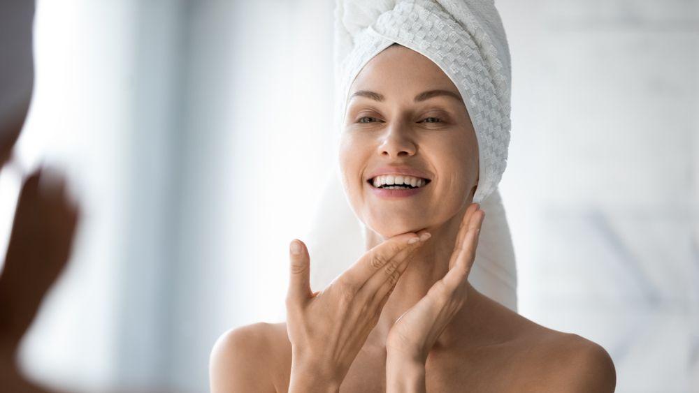 Znate li što se događa s kožom lica kad prestanemo nositi šminku?