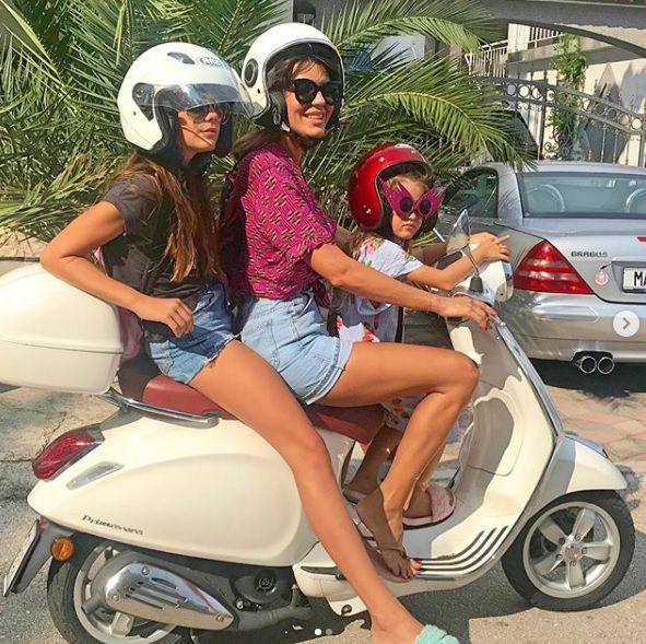 Modna dizajnerica ima dvije neodoljive kćeri, a njihove pripreme za školu baš su nas nasmijale!