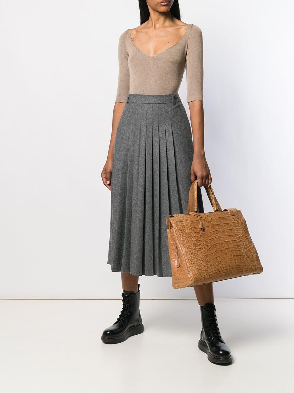 Ova Pradina torba najskuplji je komad u dizajnerskom online shopu