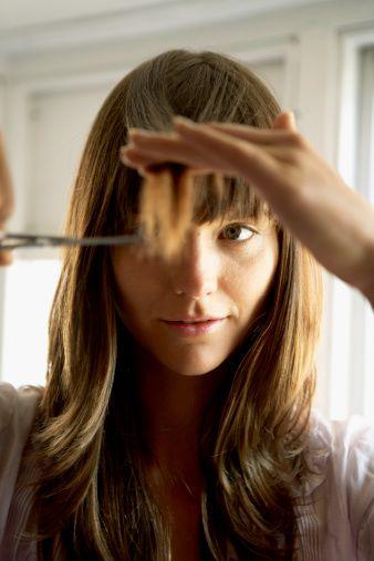 Idealno je vrijeme za promjenu frizure! U četiri jednostavna koraka ošišajte šiške