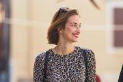 S dva komada do outfita koji nije prošao nezamijećeno: Lijepa Zadranka super nosi leopard haljinu, a oduševila i chic detaljem