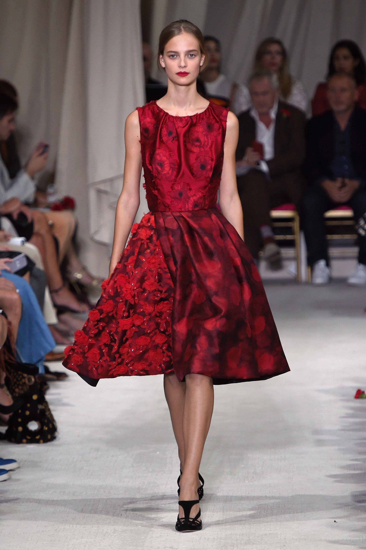 Crvena haljina u duhu Božića