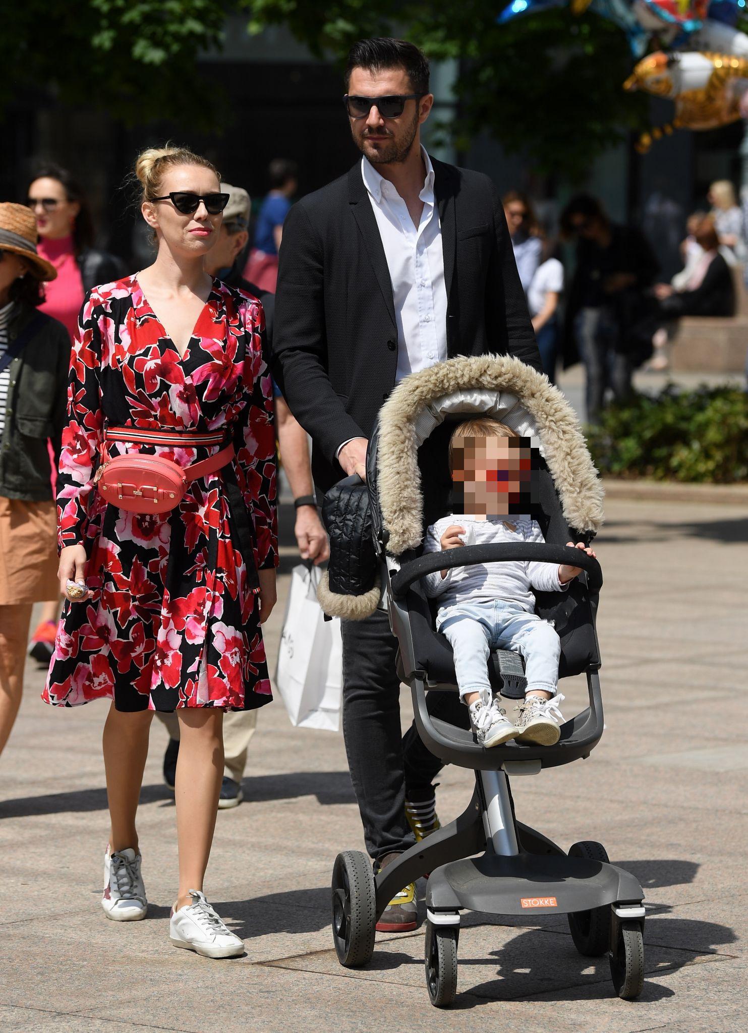 Kakav trio! Obiteljska šetnja zagrebačkim Cvjetnim trgom nikad nije bila slađa