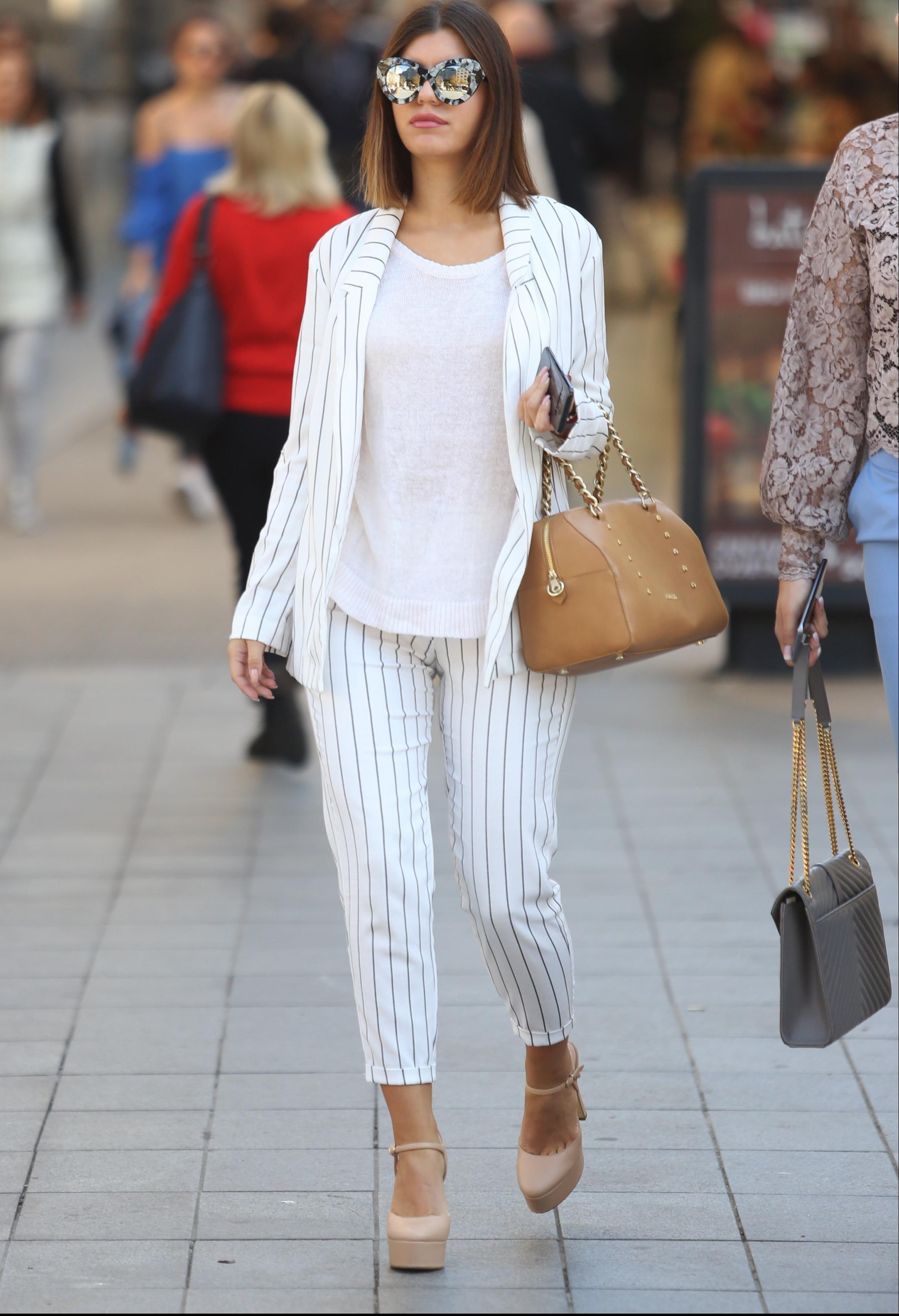 To se zove dobar outfit! U ovu su zgodnu damu u centru Zagreba bili uprti svi pogledi!
