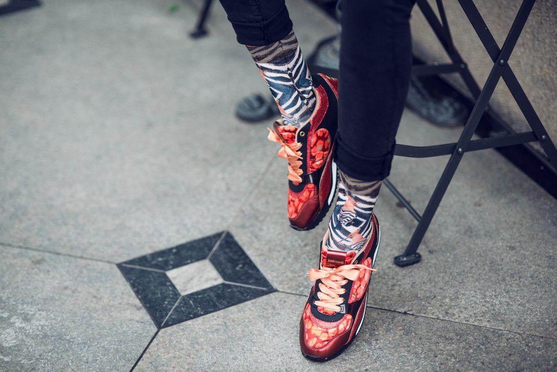 Šarene čarape jesenski su modni hit