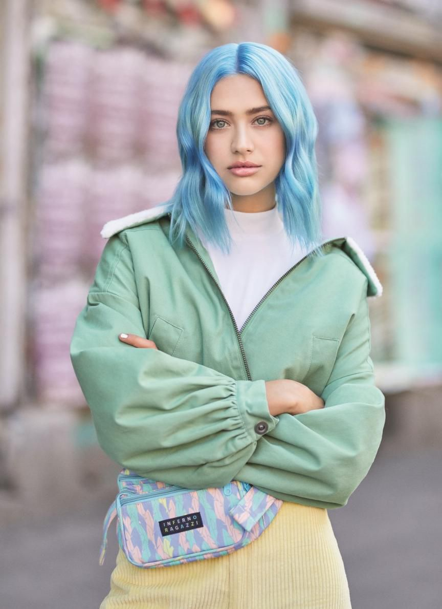 Uz inovativnu #colorblaster tehnologiju do odvažne boje kose u samo 10 minuta!  Koja je tvoja #colorblaster boja?