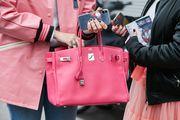 Za njihove torbe postoji nevjerojatna lista čekanja, a Hermès je najavio i da izbacuje liniju kozmetike i šminke!
