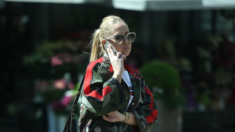 Louis Vuitton torbica i Isabel Marant tenisice njena su formula dobrog stila