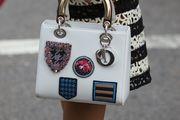 S ovim torbama nema dosadne jeseni! Izdvojili smo dizajnerske torbe s kojima ćete biti zvijezda street style-a