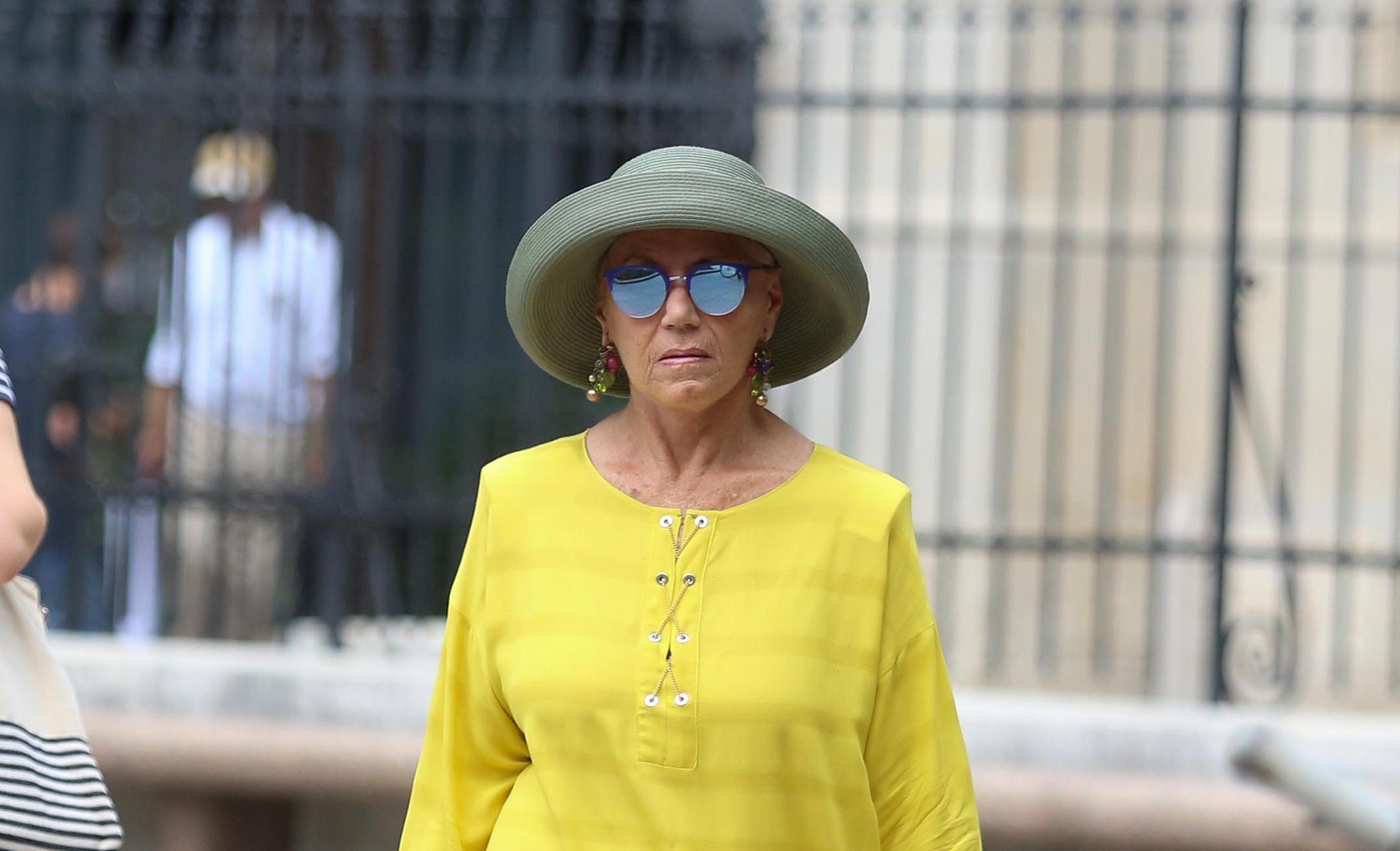 Zagonetna dama u žutom oduševila nas je svojim stilom