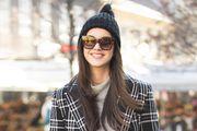 Studentica divnog osmijeha nosi čizme koje su već sezonama popularne među trendsetericama