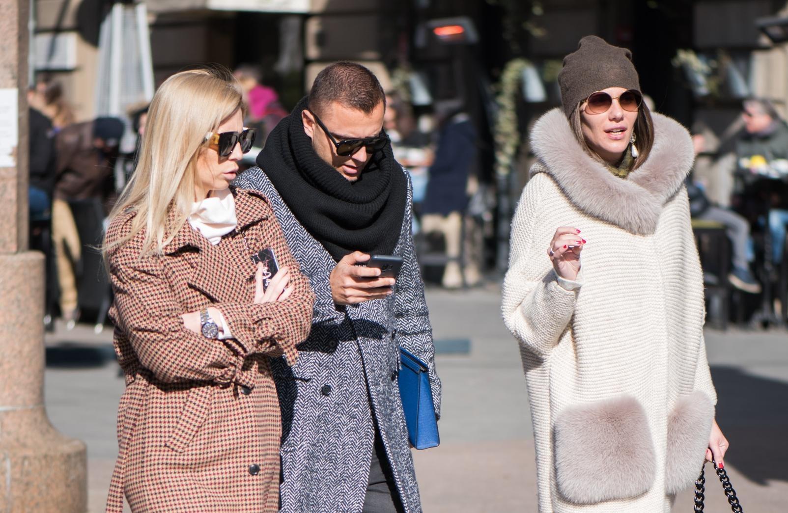 Pogledajte ovaj stylish trio sa špice: Nose sve najpoželjnije komade sezone!