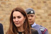 Je li Kate Middleton odabirom naušnica potajno odala počast kraljici Elizabeti?