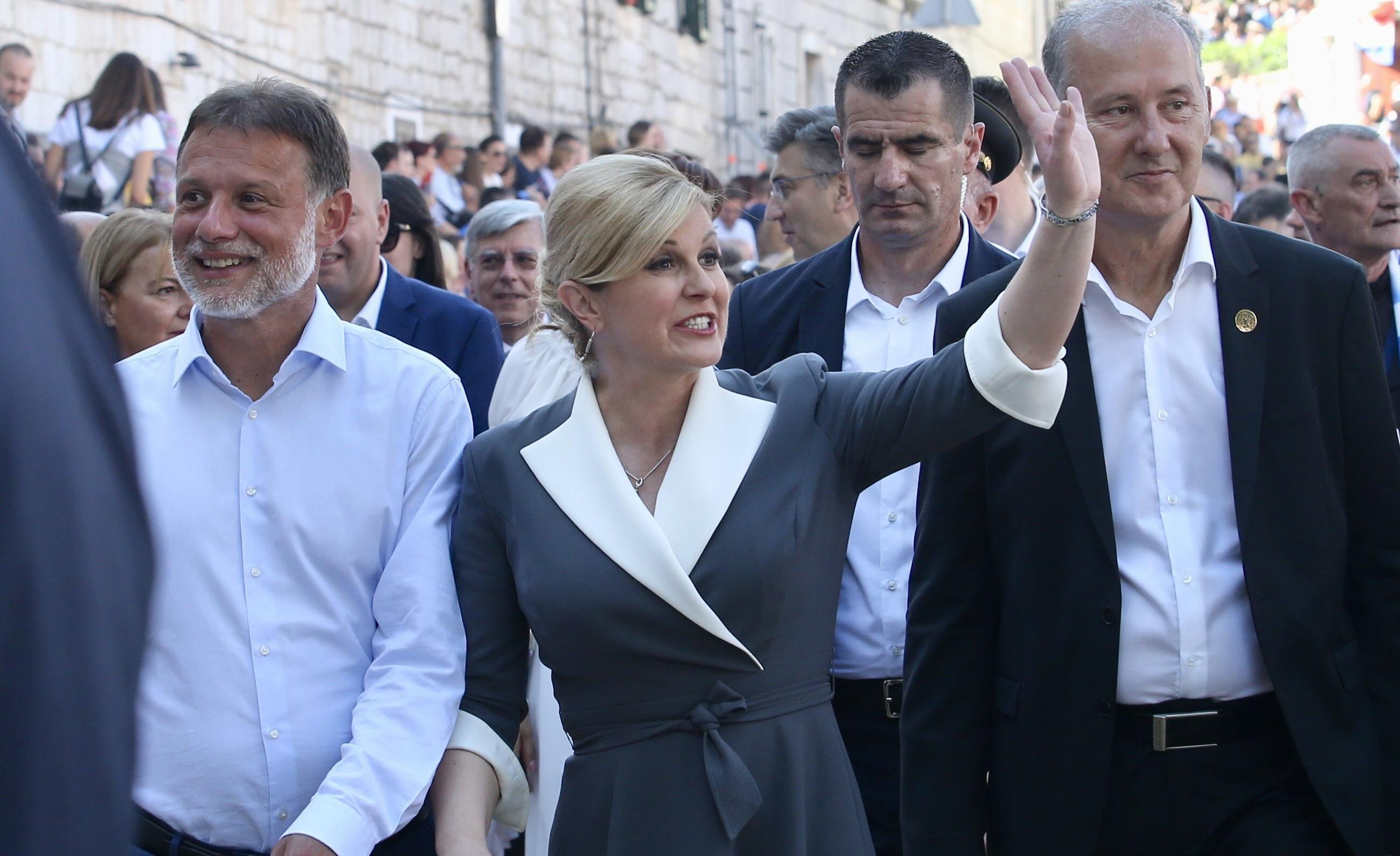 Predsjednica iznenadila modnim dodatkom koji nose samo najhrabrije dame