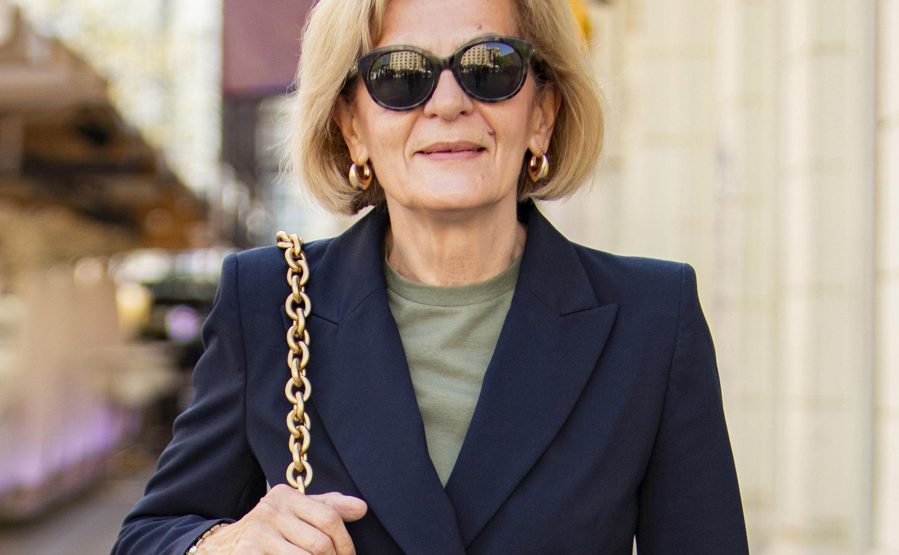Novinarka besprijekornog stila nosi najpoželjniju torbu sezone: 'Outfit je inspiriran morem i maslinama'