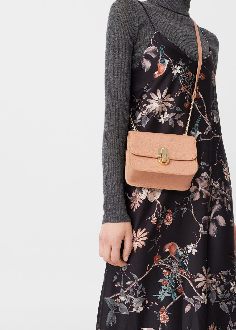 Mini torbice za maksimalan dojam