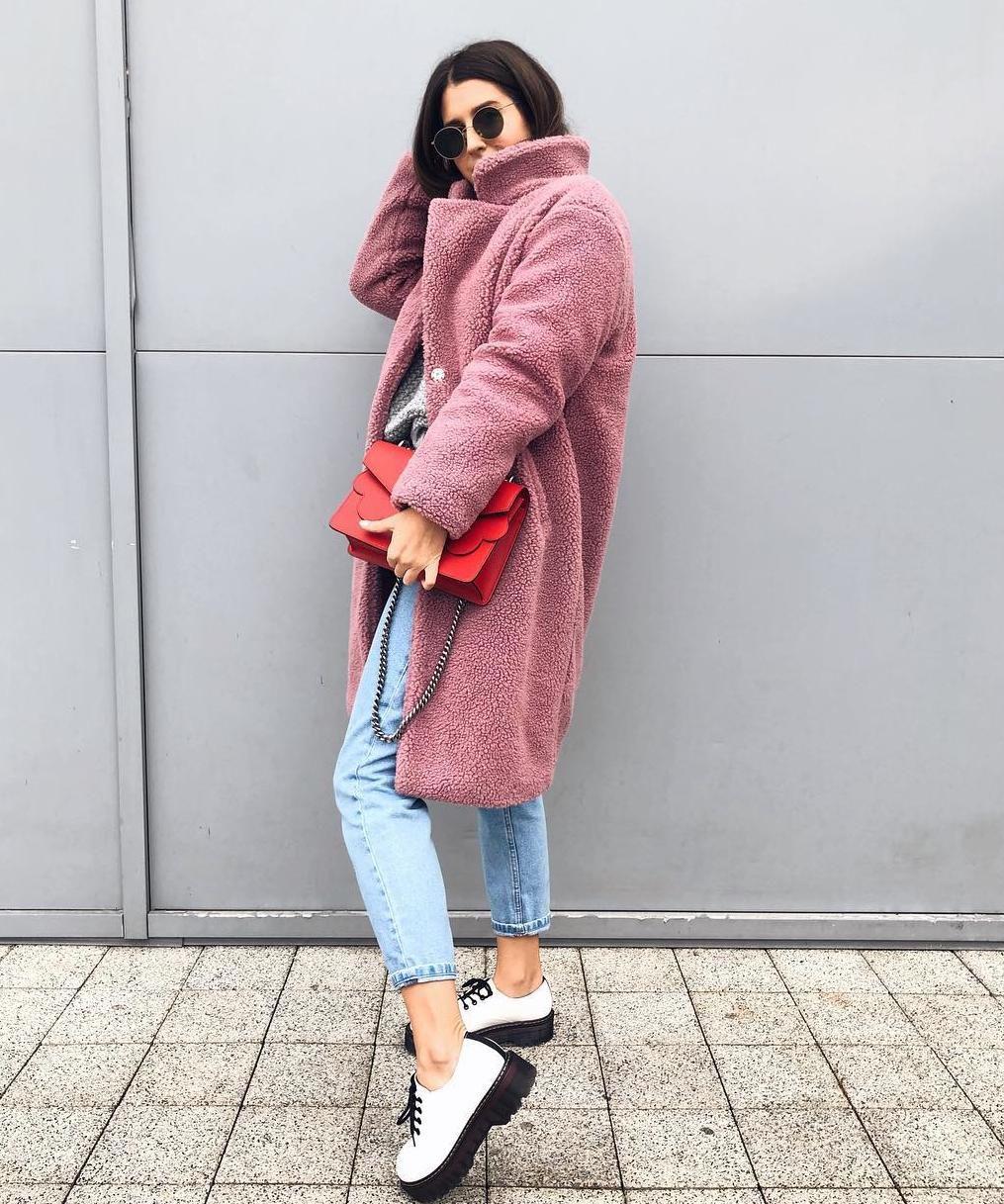 Cure na Instagramu obožavaju ovaj ružičasti kaput, a mi znamo gdje ga kupiti po super cijeni!