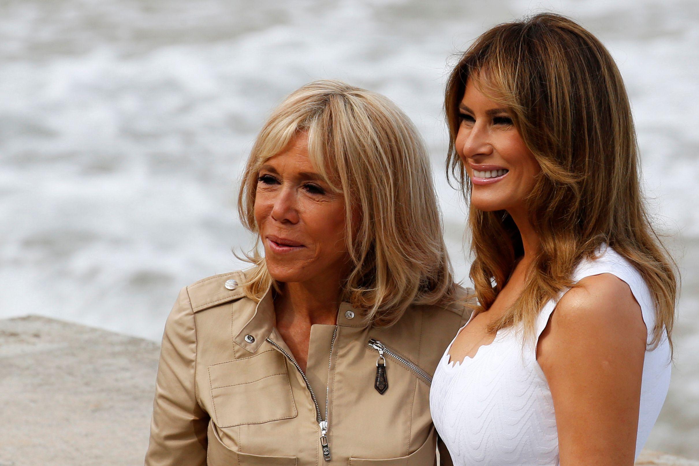 Prve dame Melania Trump i Brigitte Macron zablistale u ultravisokim potpeticama i chic haljinama