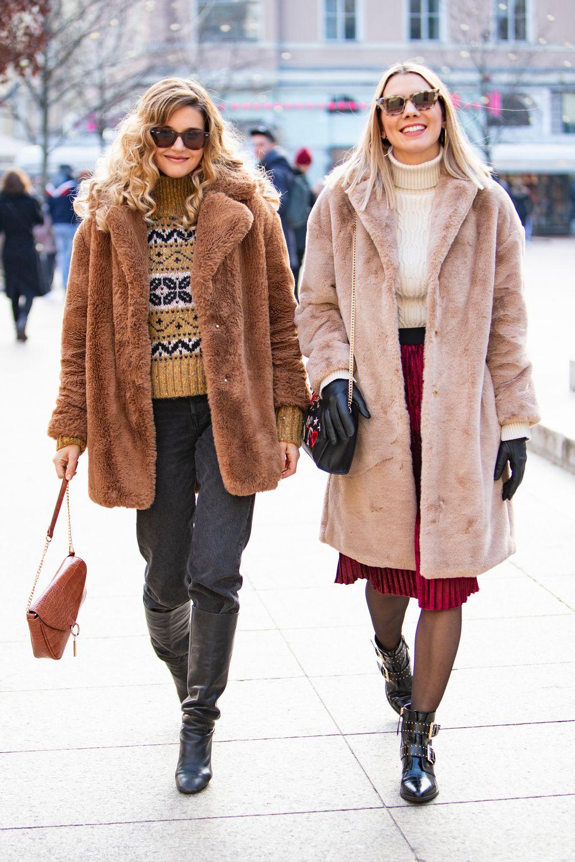 Zgodne frendice super stil imaju u malom prstu, a pokazale su nam zimske outfite s kojima nema greške