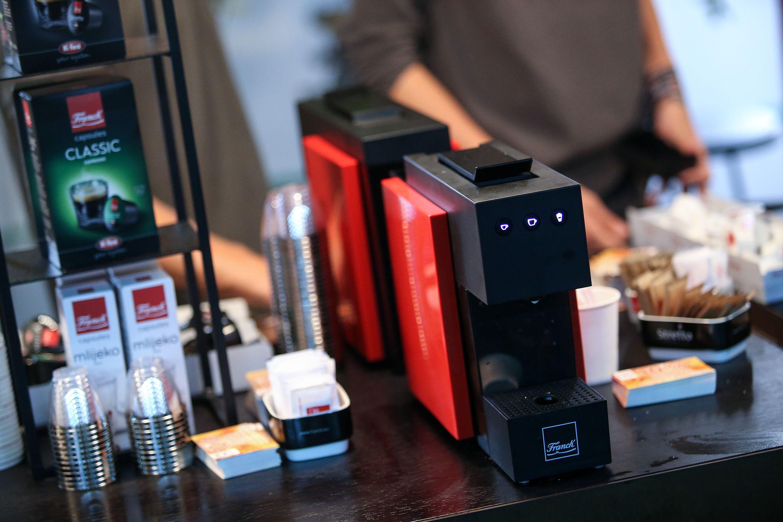 Franck predstavio aparate sa sustavom kapsula za savršeni espresso i kod kuće