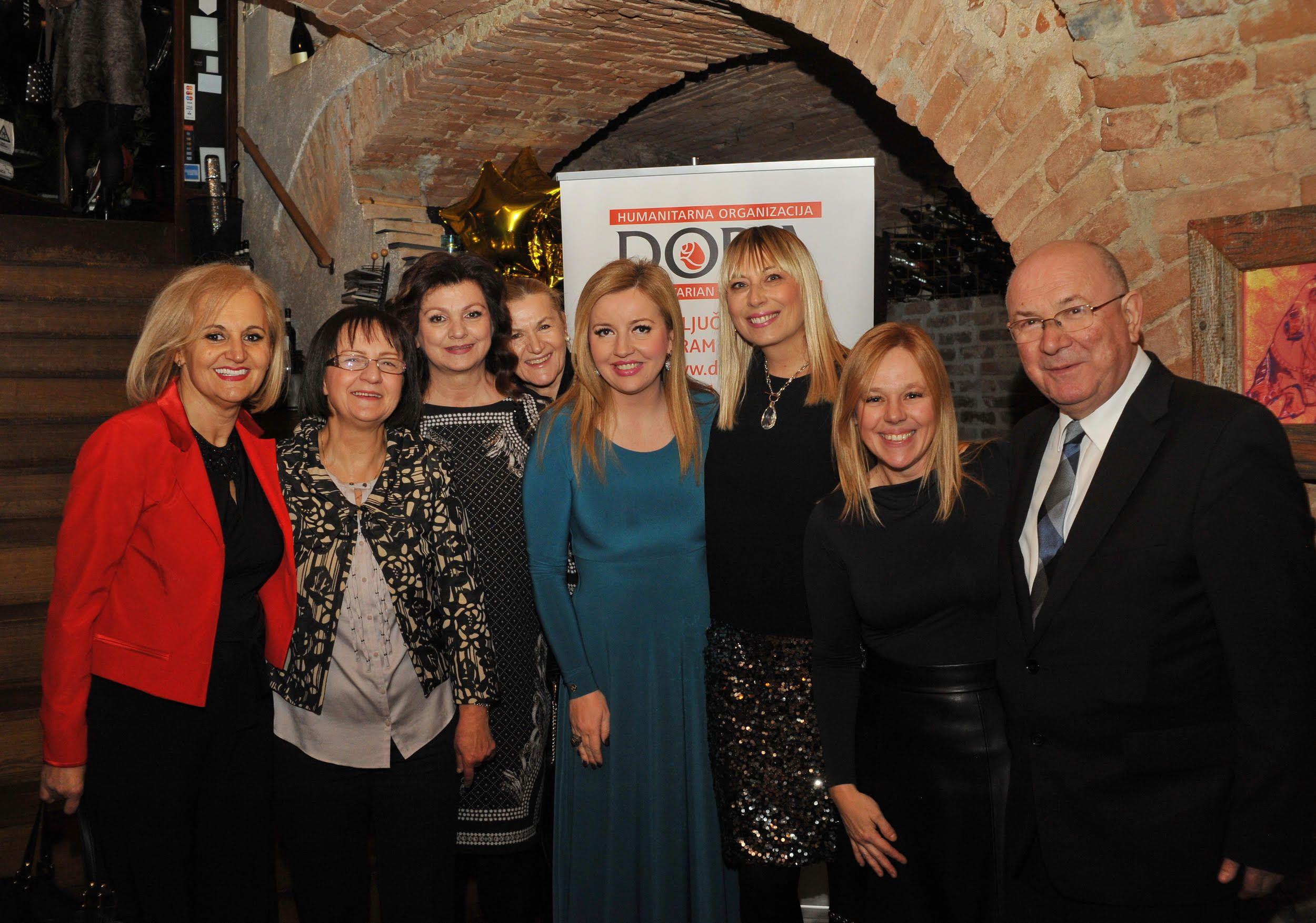 Humanitarna večera uzvanika Udruge DORA