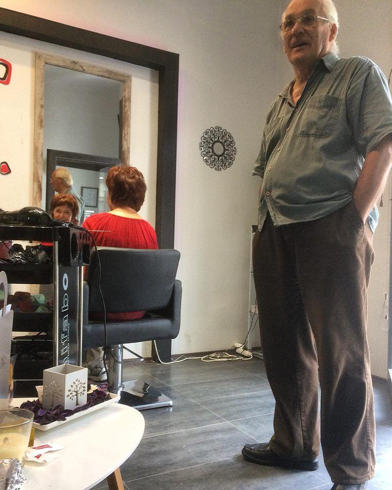 """Baka i djed iz frizerskog salona pokazali što je ljubav: """"Samo da znaš, kad bi me i ti htjela, ja bih opet samo nju odabrao. Predivna je."""""""