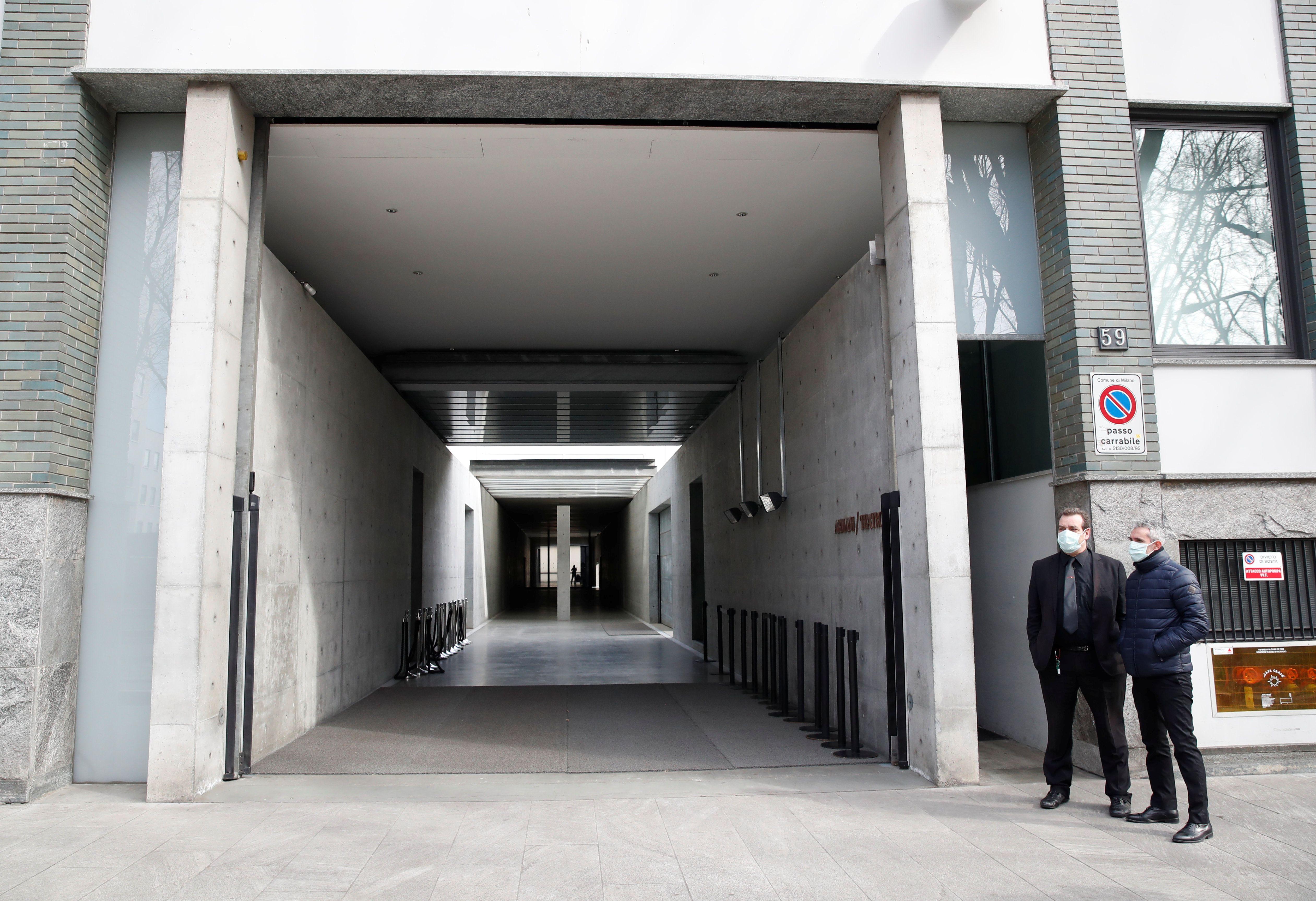 Zbog straha od koronavirusa, Giorgio Armani održao modnu reviju bez publike
