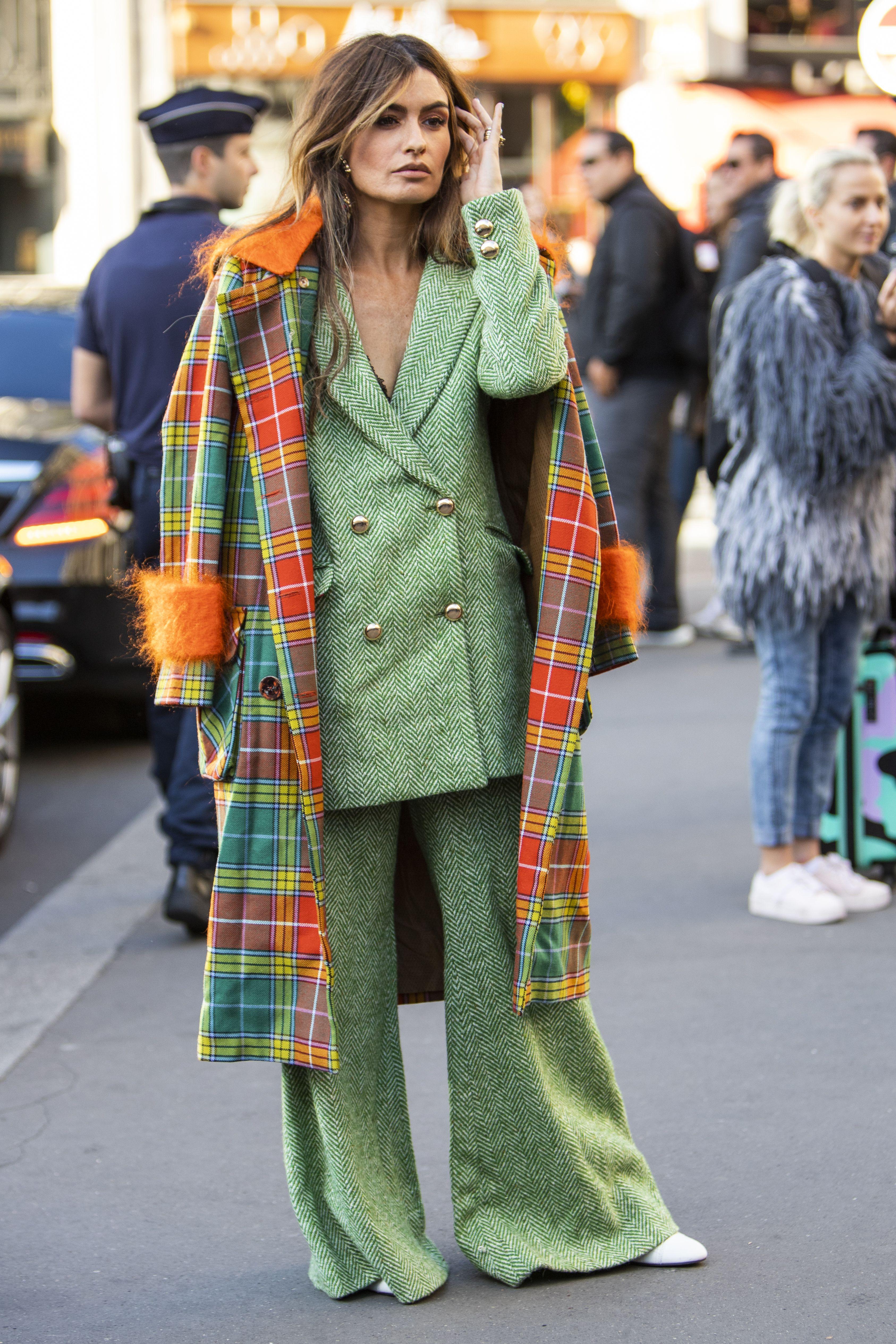 Da bi nosio ovakvu kombinaciju stvarno trebaš imati stav, a ova ljepotica ga definitivno ima!