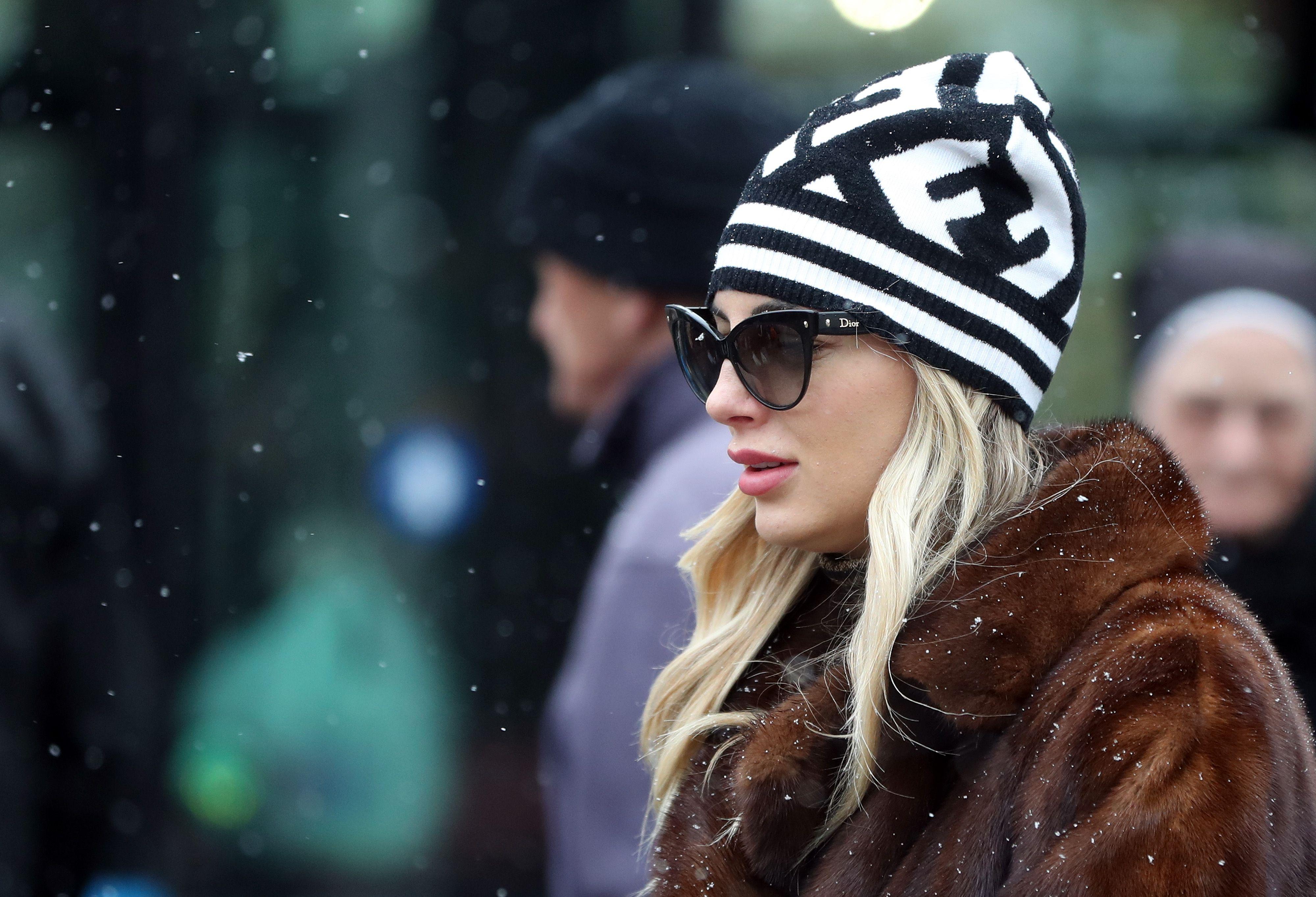 Snježne pahulje natjerale su cijeli Zagreb da izvuče kape iz ormara