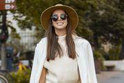 Super inspiracija za jesenske outfite: Predivna brineta blista u odjevnoj kombinaciji kojoj ne možemo pronaći zamjerku