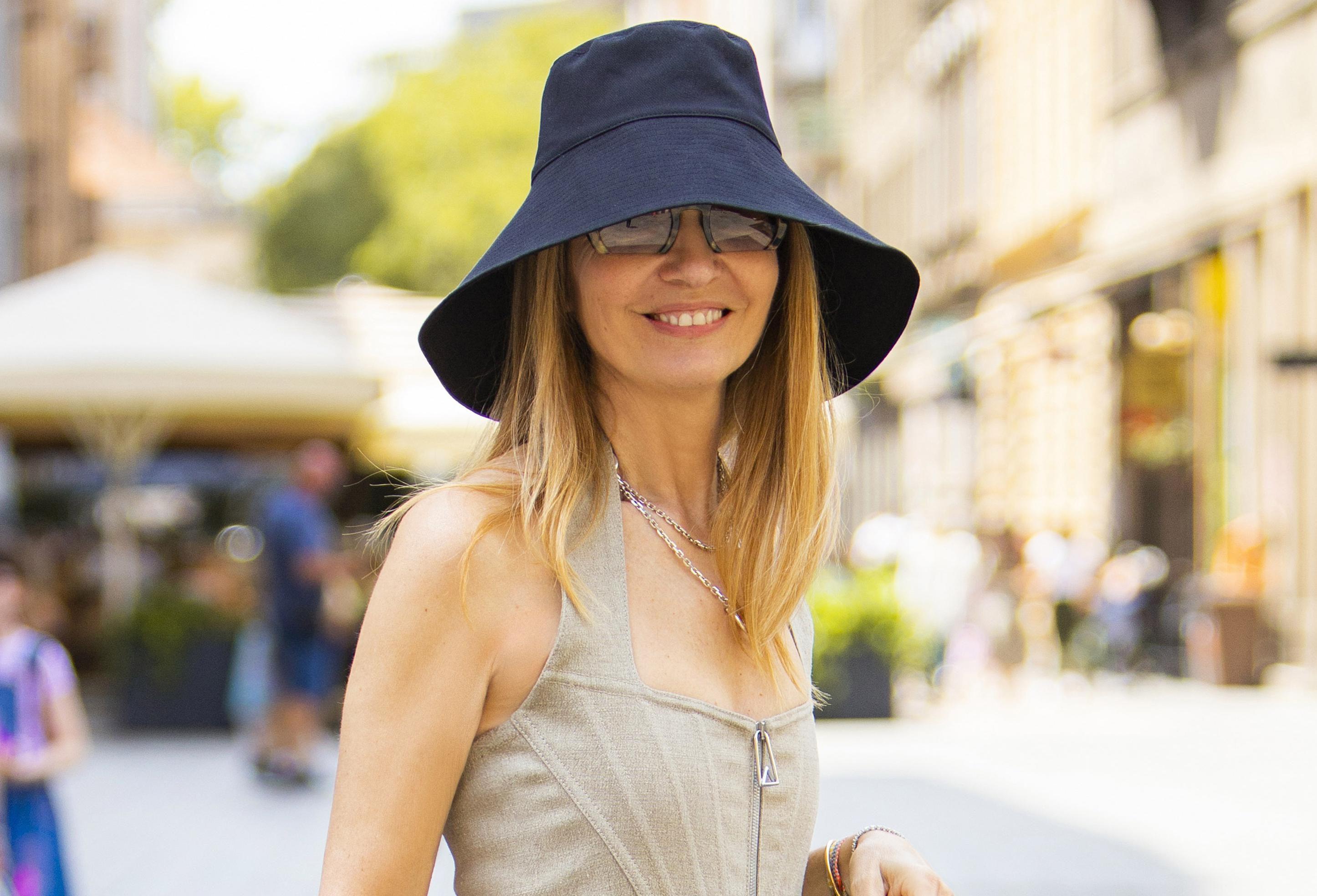 Maja Tedeschi ima stajling rezerviran za najodvažnije: Nosi klompe i haljinu koju smo vidjeli na crvenom tepihu
