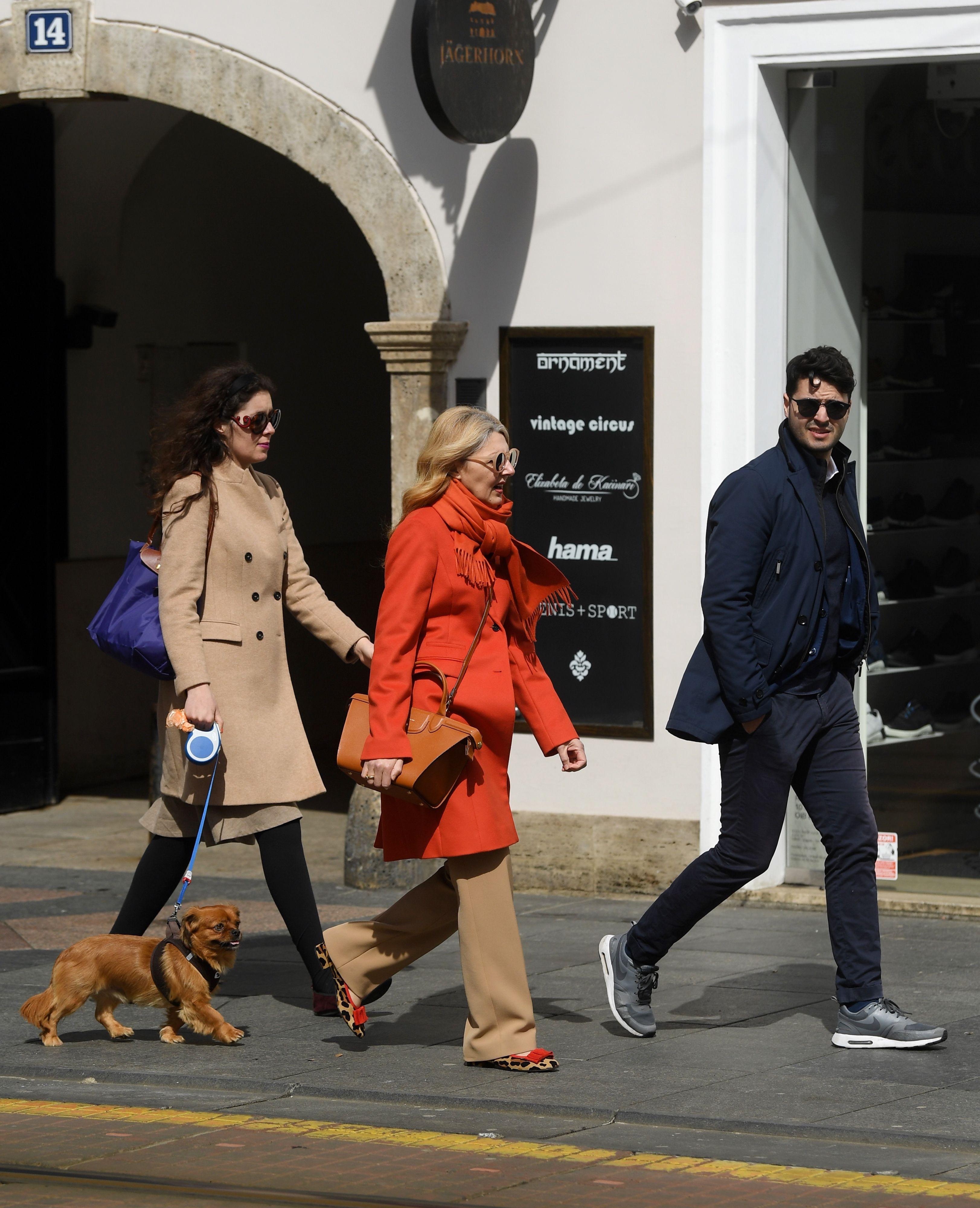 One znaju da su za dobar proljetni styling važni cool kaputić i još bolje balerinke