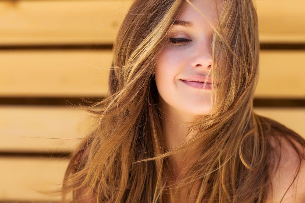 Kako pravilno tretirati masnu kožu lica tijekom ljeta?
