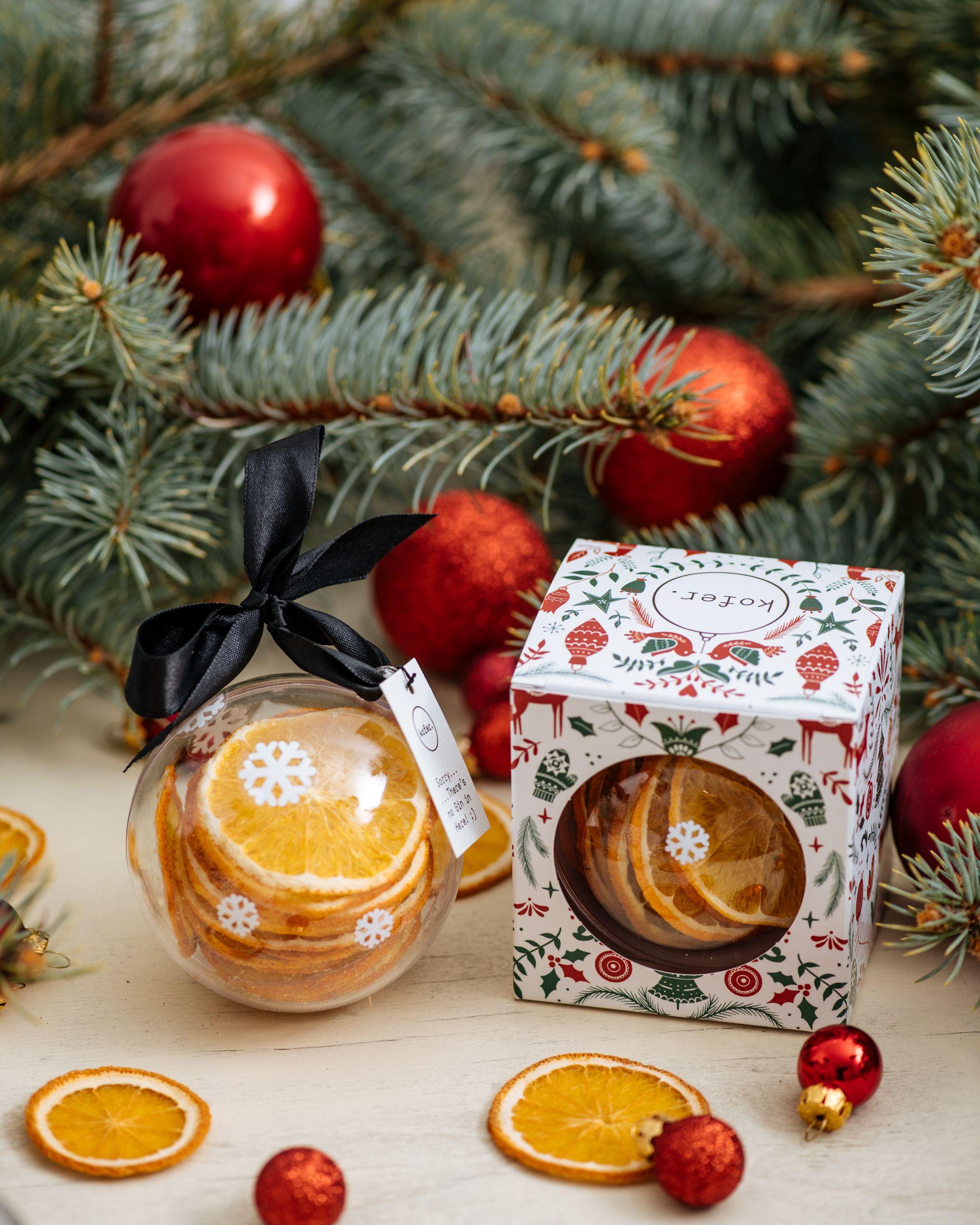 Zavirite u blagdansku ponudu hrvatskog brenda koji poklone za vas zamata i dostavlja na adresu