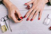 Ovi lakovi za nokte pravi su anti-age! Pogledajte u čemu je trik