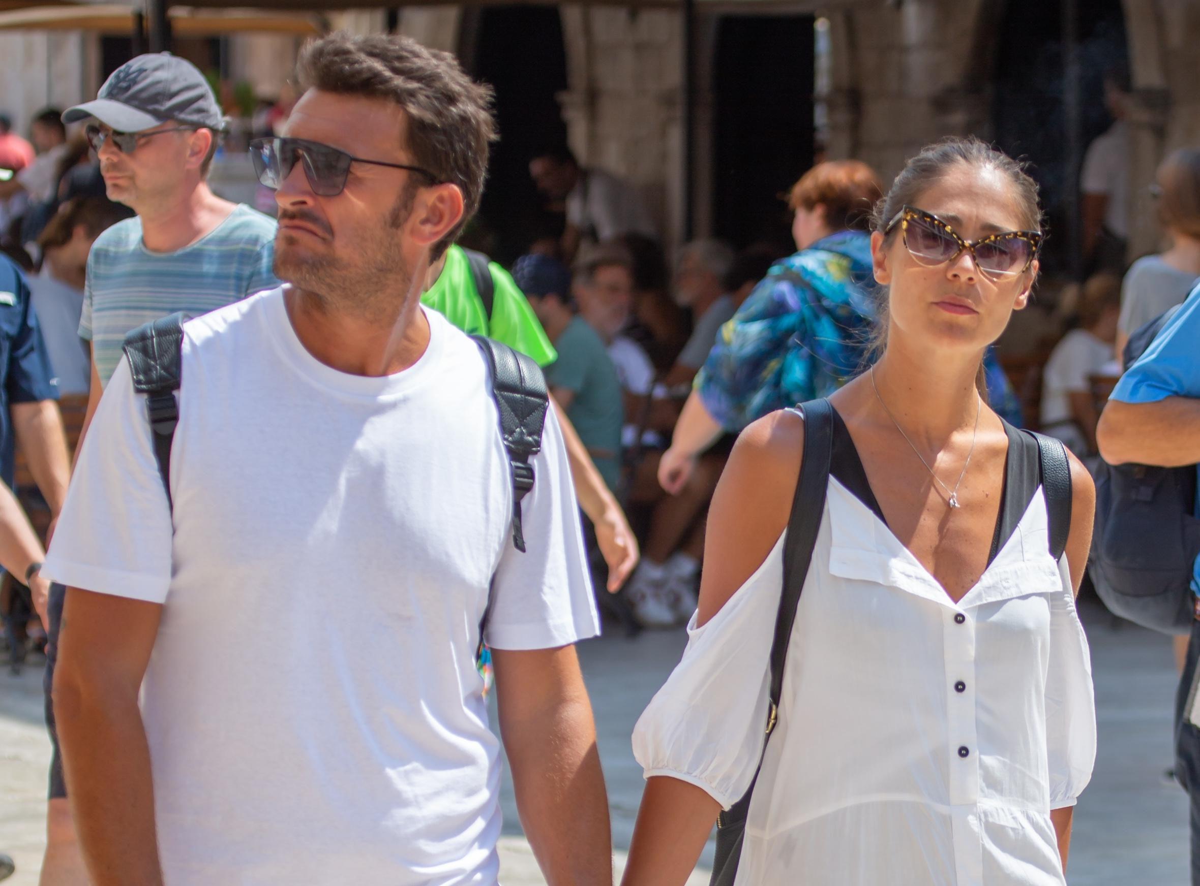 Kakav zgodan par: Njih dvoje znaju nositi bijelo od glave do pete i u tome izgledaju baš atraktivno