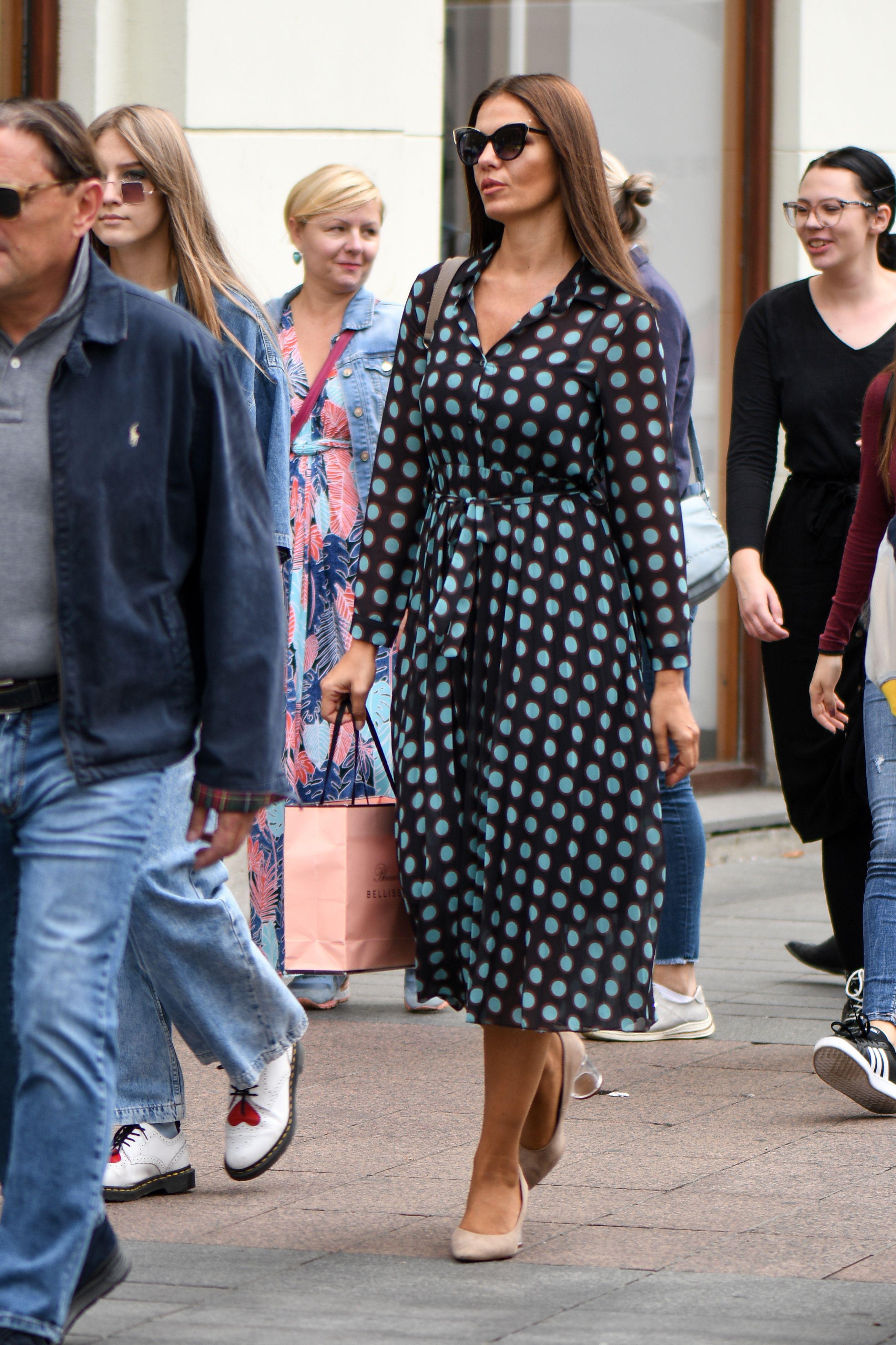 Zanosna dama u ultimativnom odjevnom komadu prošetala zagrebačkom špicom