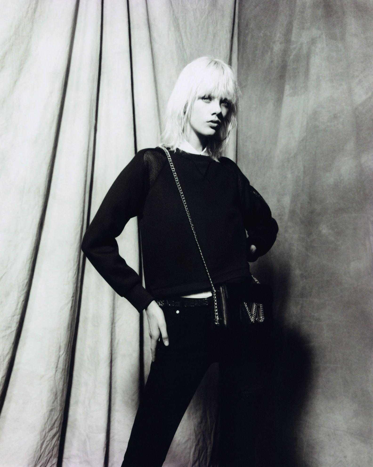 Modni dodaci iz Versace Jeans kolekcije koje ćete poželjeti imati