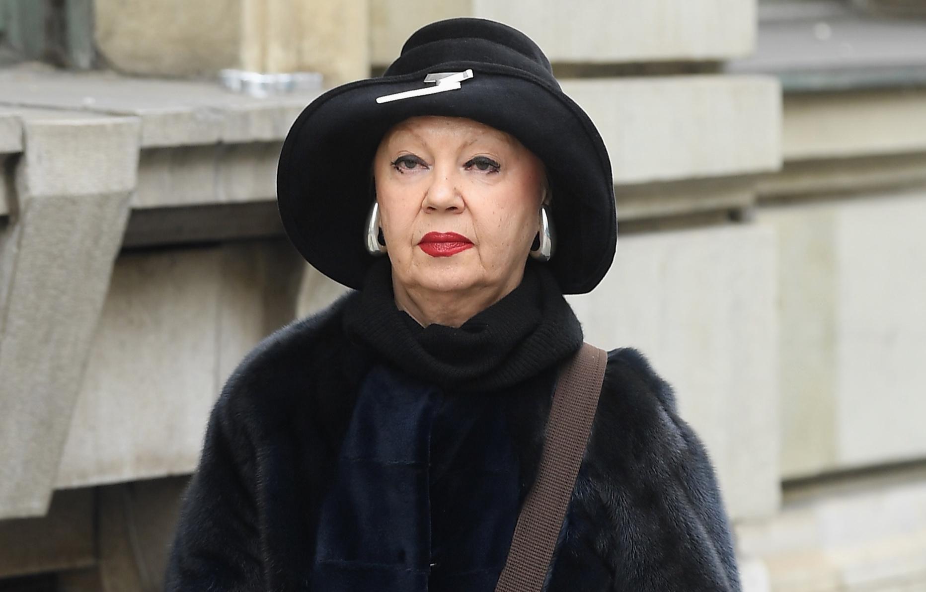 Ova gospođa zna u koji modni dodatak vrijedi investirati