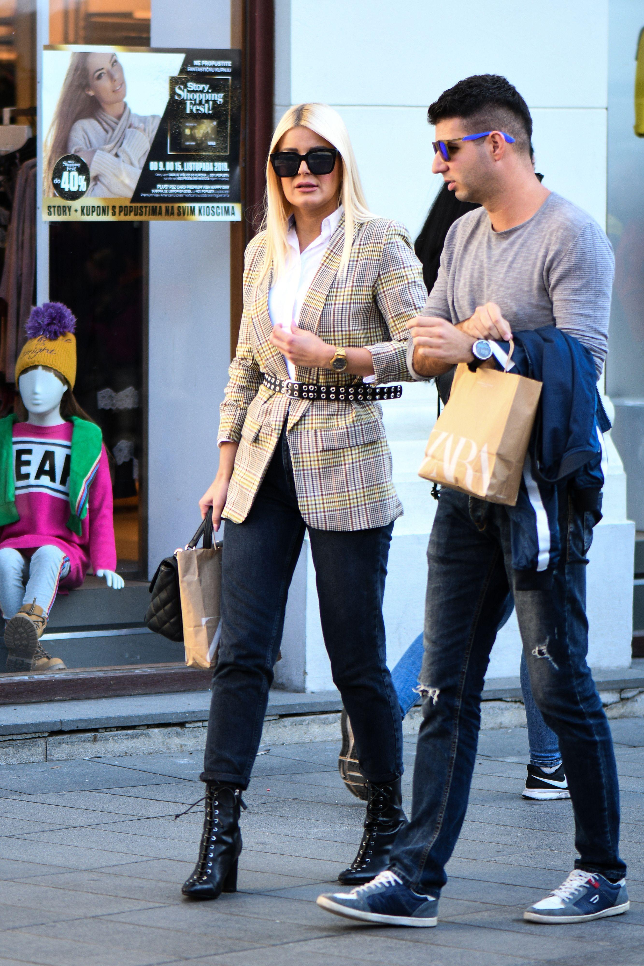 U shopping sa stilom: Stylish dvojac za kojim su se svi okrenuli