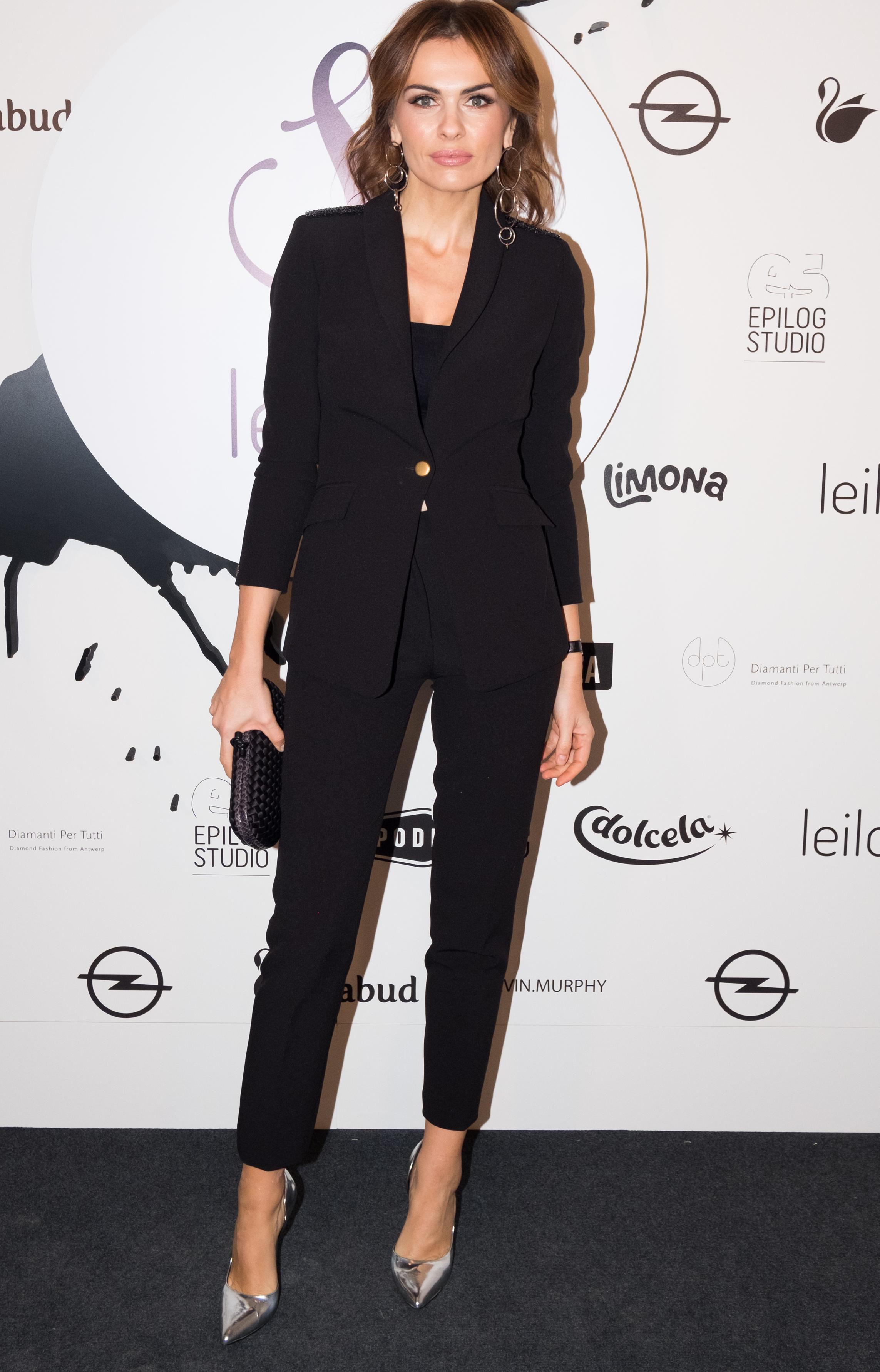 Branka Krstulović izgleda senzacionalno u klasičnom odijelu, a iznenadila nas je odabirom cipela