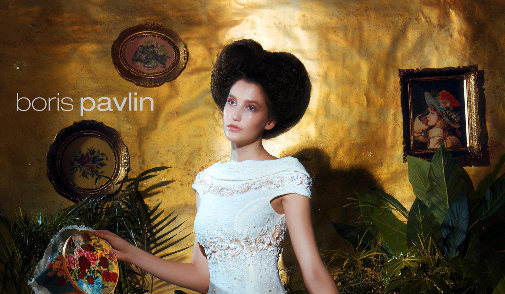 Boris Pavlin predstavio novu kolekciju večernjih haljina koje izgledaju poput malih remek-djela